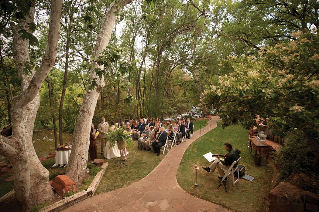 LAuberge de Sedona Wedding | creekside house lawn ceremony