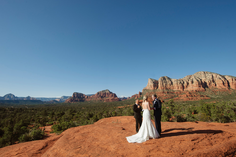 Bell Rock Wedding in Sedona