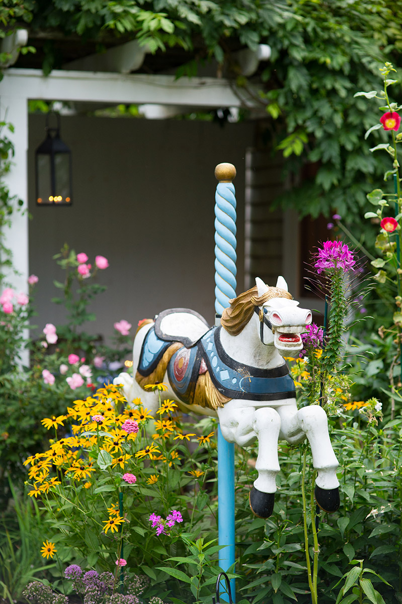 Chanticleer Nantucket horse