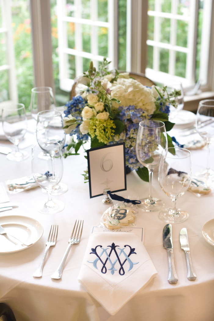 monogram linen wedding napkins